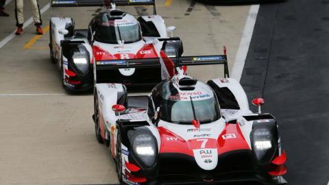 Toyota 7 y Toyota 8 en Silverstone