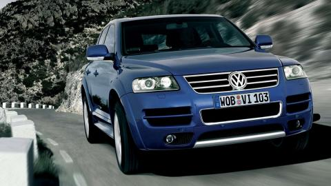 Volkswagen Touareg W12