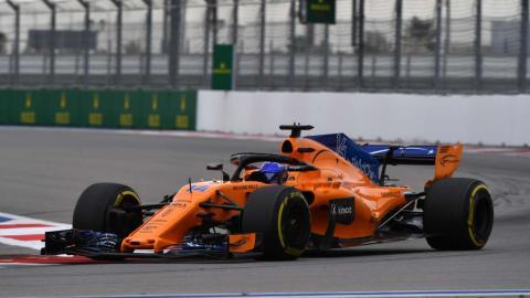 Alonso en los entrenamientos del GP de Rusia
