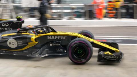 Daños en el coche de Carlos Sainz en Rusia