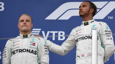 Hamilton y Bottas en el podio