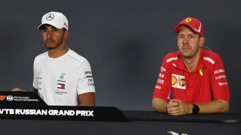 Hamilton y Vettel ante la prensa