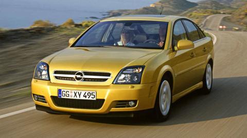 Opel Vectra GTS o VW Passat R36
