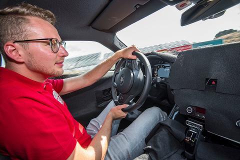 Toyota Supra. ¡Lo metemos en el Jarama!