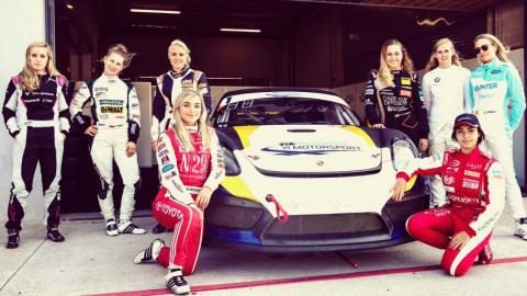 Mujeres motorsport
