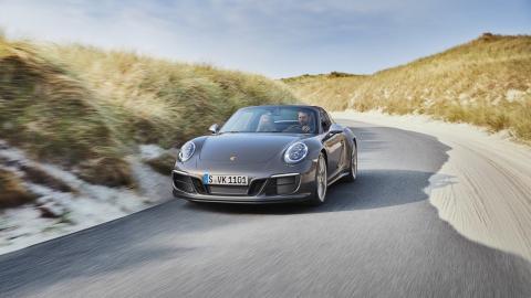Porsche 911 Targa 4 GTS Exclusive Manufaktur Edition