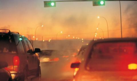 El Gobierno quiere restringier el tráfico en los municipios de más de 50.000 personas