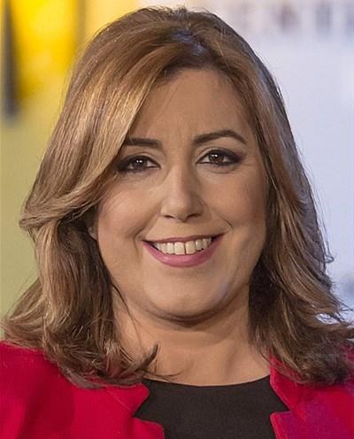 Una protesta violenta de taxistas obliga a suspender un acto de Susana Díaz en Sevilla