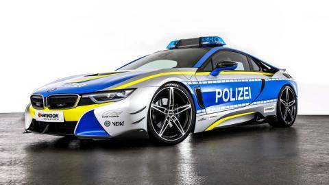 BMW i8 policía Tune It! Safe!