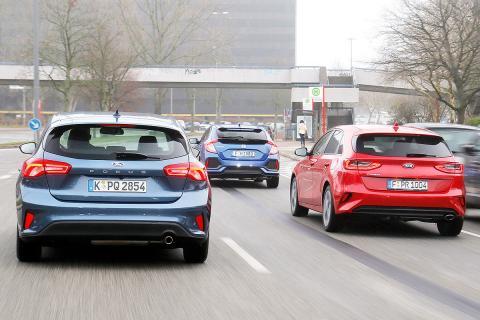 Ford Focus vs Honda Civic y Kia Ceed