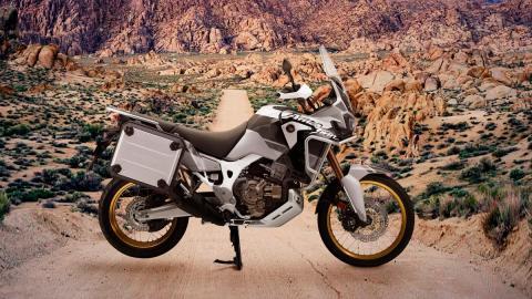 moto viajar aventura