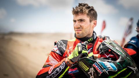piloto argentino retrato motos rally