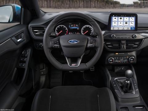 Interior del Focus ST