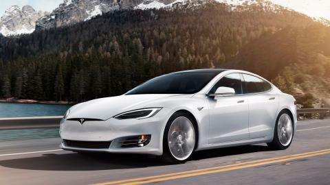 Tesla Model S (lateral)