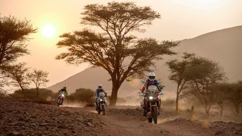 aventura marruecos Honda moto