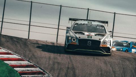 Andy Soucek y Bentley Continental