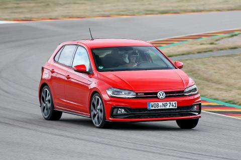 Volkswagen Polo GTI vs Volkswagen Golf GTI Performance