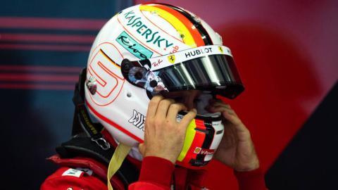 Casco de Vettel en Bahréin