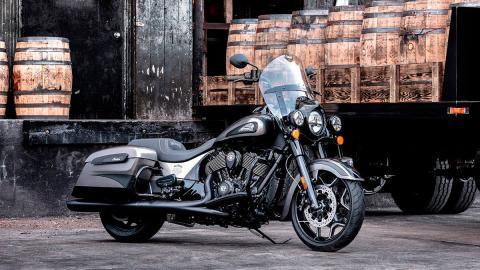 moto deportiva lujo america americano