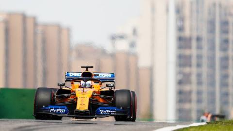 Carlos Sainz en China