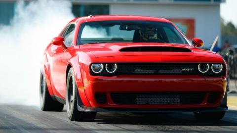 Drag Race Dodge Challenger Hellcat Demon