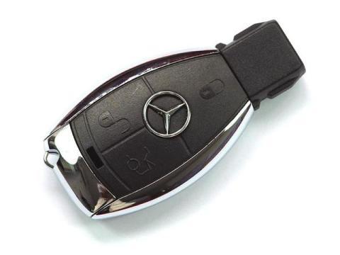 Pila llave Mercedes