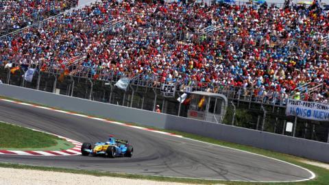 Grada F1 Montmelo con Alonso