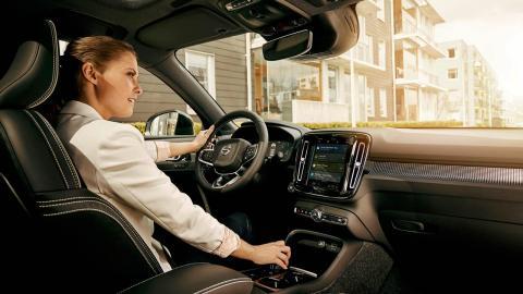 Vicios de los conductores por culpa de los sistemas de ayuda a la conducción