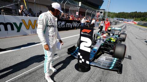 Lewis hamilton sancionado en Austria