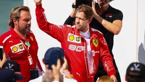 Sebastian Vettel vuelve al paddock