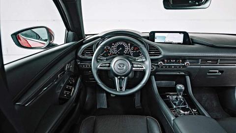 Comparativa del nuevo Mazda3 vs Ford Focus y Peugeot 308