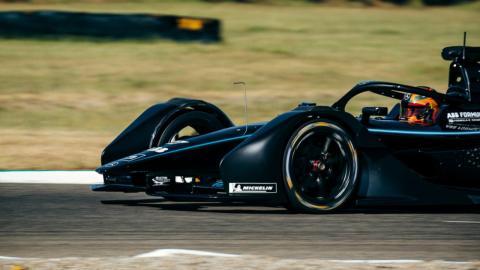 Mercedes en el Circuito de Varano