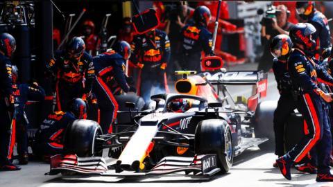 Parada en boxes de Pierre Gasly en el GP de Gran Bretaña