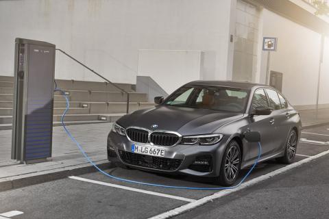 Prueba BMW 330e 2019