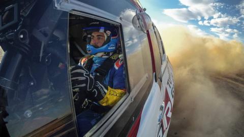 Alonso se prepara para el Dakar