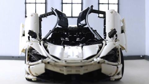 Construir este McLaren 720S personalizado de Lego llevó dos años