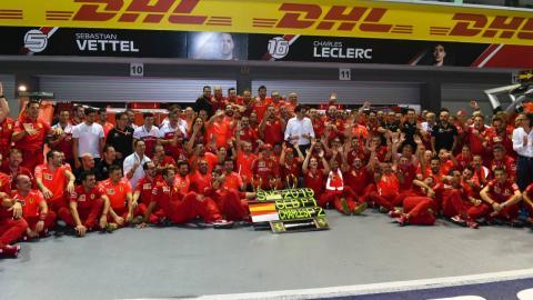 Celebración de Vettel y Ferrari