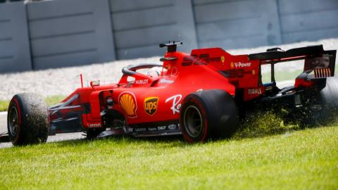 Vettel fuera de pista en Monza
