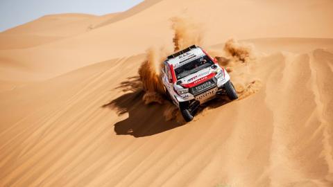 Alonso en las dunas de Marruecos