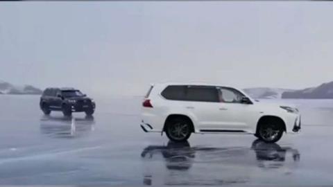 2 SUV chocan rodaje hielo