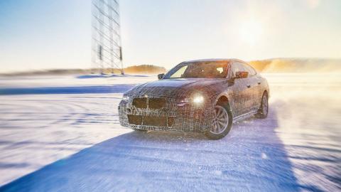 BMW i4 dinámica