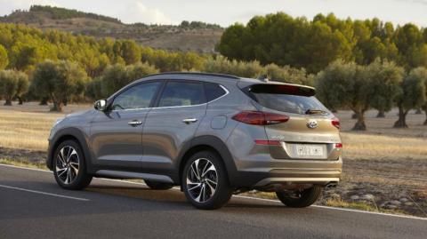 Hyundai Tucson híbrido o Seat Ateca 1.5
