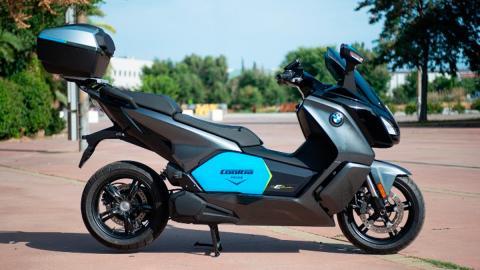 lujo moto compartida altas prestaciones premium