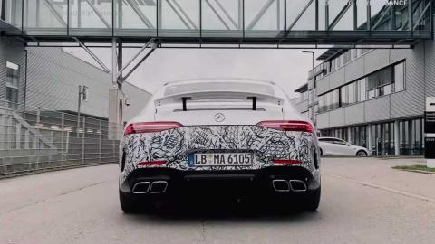 teaser Mercedes-AMG GT 73