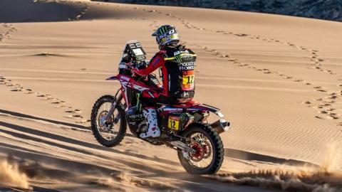 moto arena tierra competicion