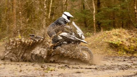 motos trail aventura barro off-road rally