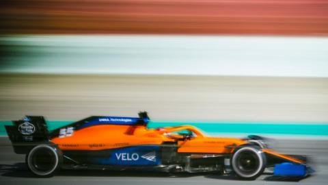 Carlos Sainz en los test Barcelona