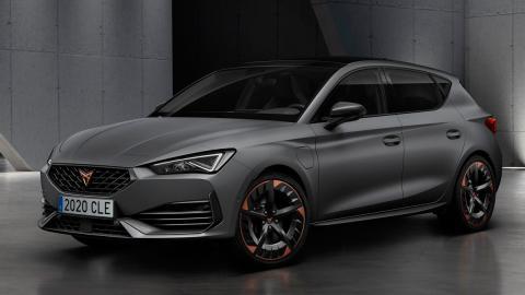cinco puertas mate gris nuevo compacto deportivo españa