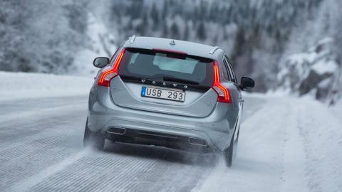40 carreteras en España, con restricciones por nieve