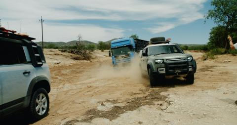 Land Rover Defender camion